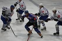 Z utkání druhé hokejové ligy Kolín - Klášterec nad Ohří (5:1).