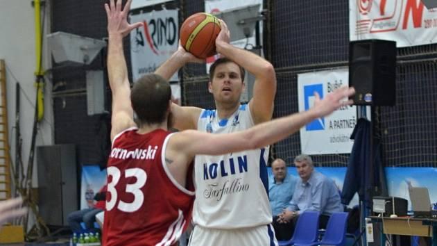 Z utkání BC Farfallino Kolín - Tuři Svitavy (92:94).