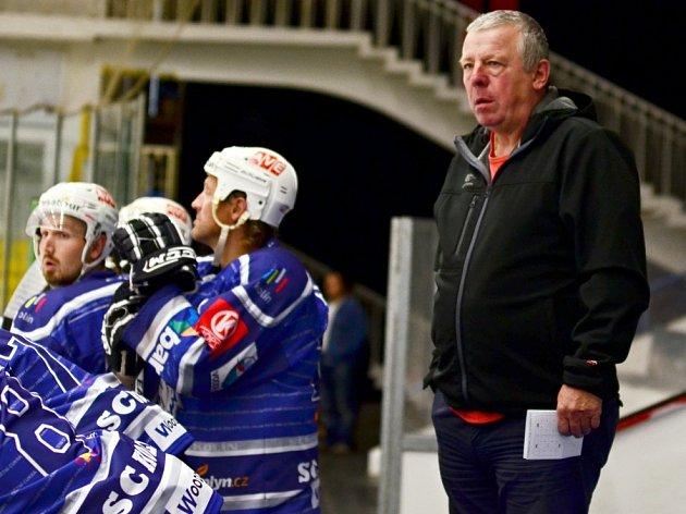 Trenér Kolína Jiří Seidl.