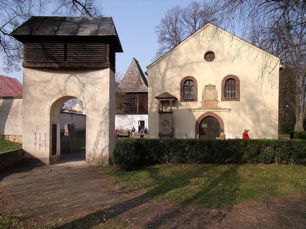 Kostel Nejsvatější Trojice v Českém Brodě.