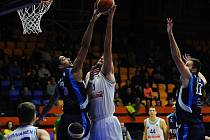 Kolínští basketbalisté na třetí pokus dokázali porazit USK Praha.