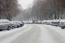 Řidiči v Kolíně si stěžují na stav silnic