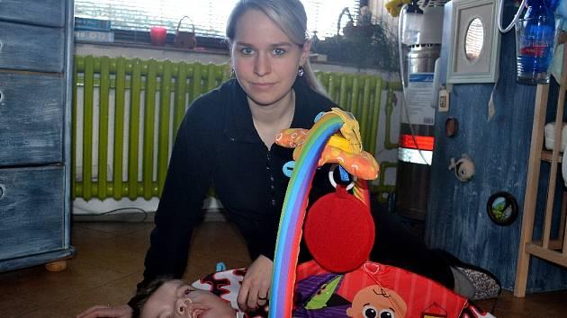 Petra Čejkovská zvládá péči o nemocného synka na výbornou