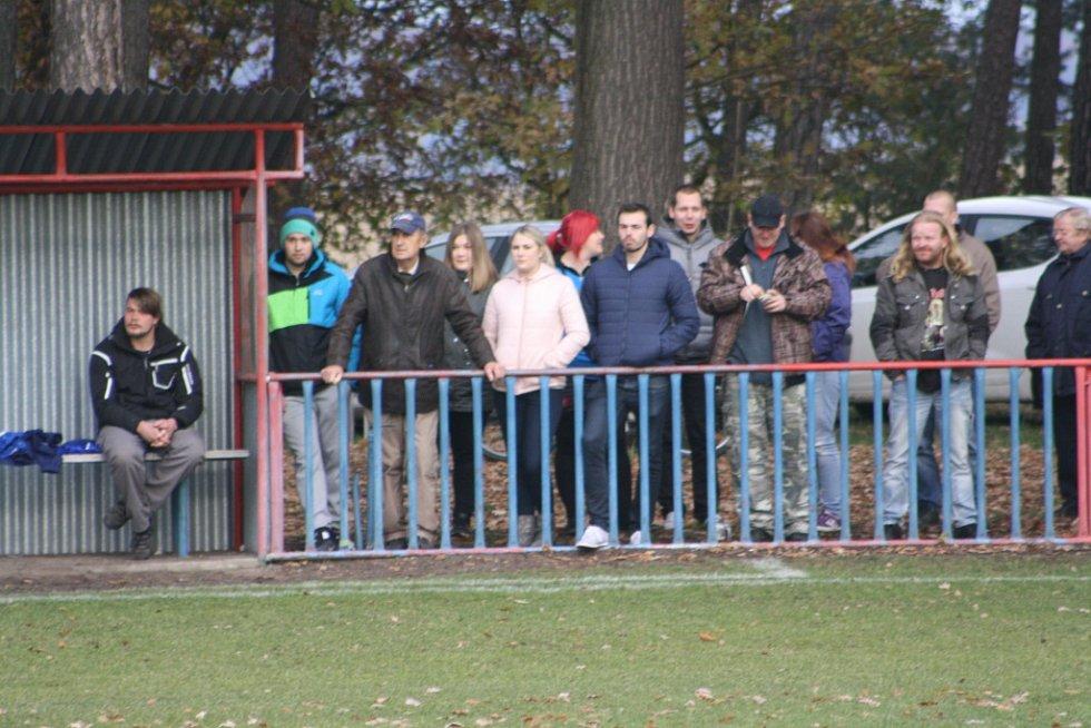 Z utkání Jestřabí Lhota - Konárovice (2:0).