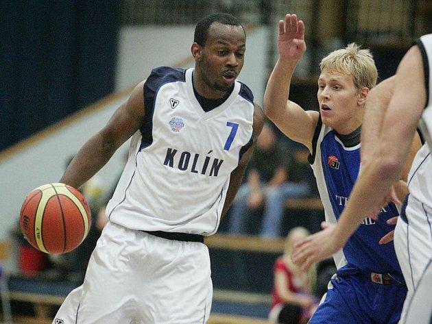 Z přípravného utkání BC Kolín - Plzeň (78:63).