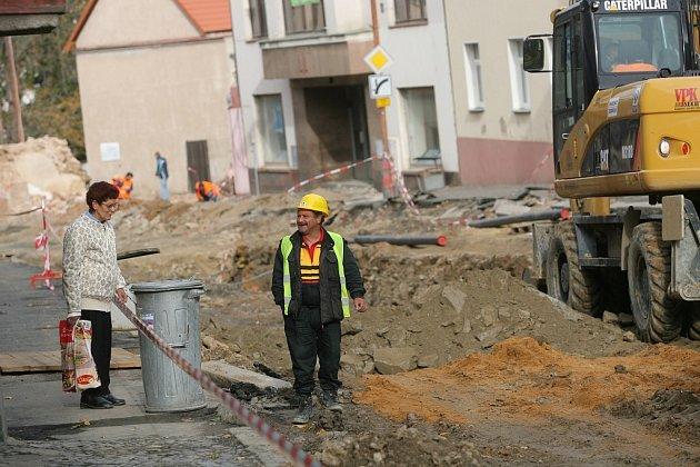Rekonstrukce průtahu v Zásmukách - 2. část.