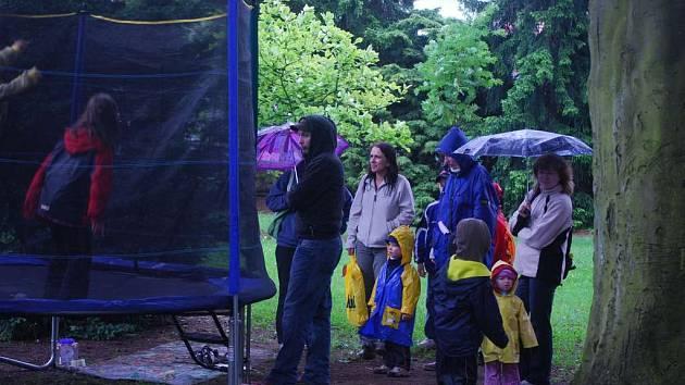 Dětský den skropil déšť.