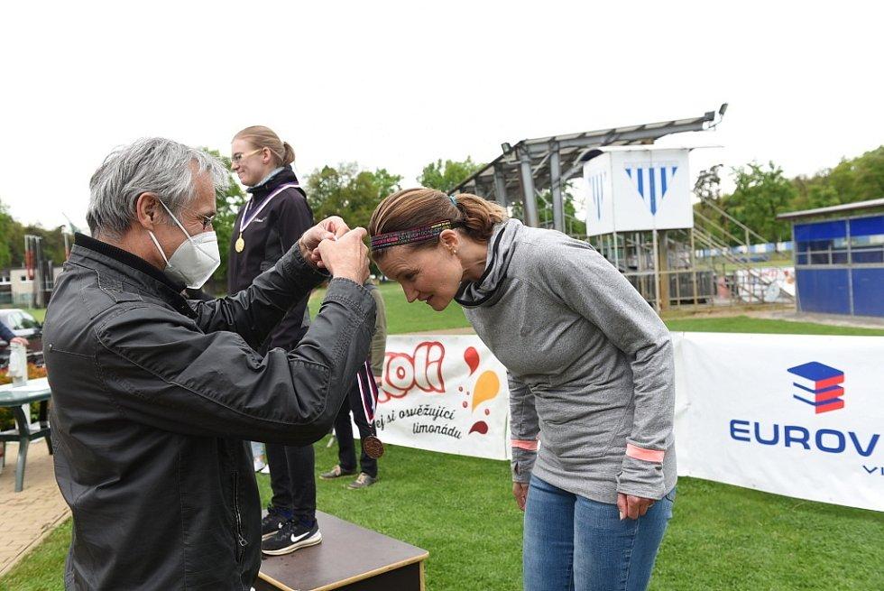 Ze závodu 63. ročníku populárního a oblíbeného běhu Kolín – Velký Osek – Kolín, který se koná jako Memoriál Jindry Stránského