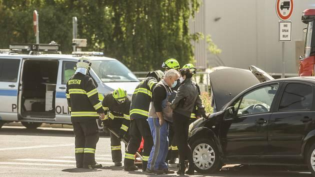 Dopravní nehoda u Futura v Kolíně.