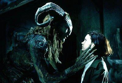 Film Faunův labyrint, který dnes promítá kolínské letní kino, obdržel tři Oscary (za výpravu, kameru a masky) a dalších 52 ocenění a 51 nominací.