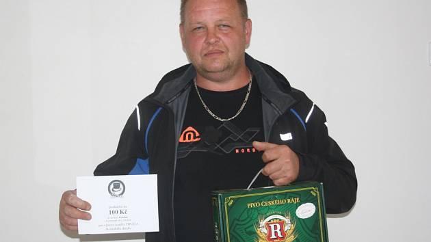 Libor Sýkora z Nebovid získal karton piv značky Rohozec a poukázku v hodnotě 100,-Kč do kolínské kavárny Kristián.