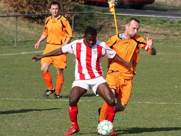 Z utkání fotbalové I. B třídy Třebovle - Jirny B (2:2).