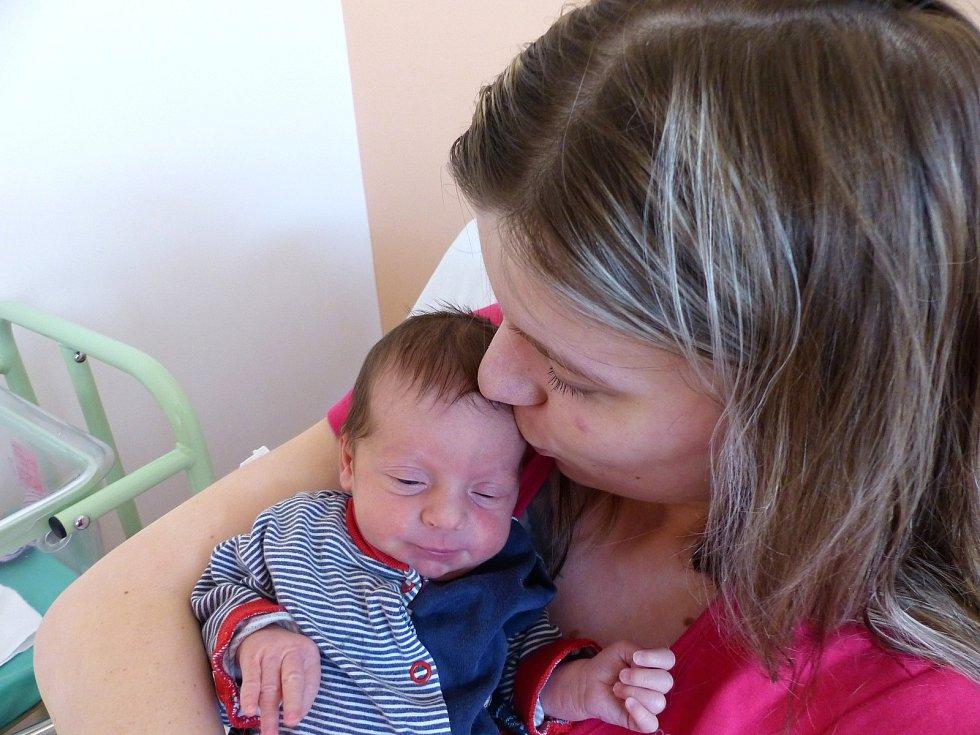 Sabina Sahulková přišla na svět 4. února 2019, vážila 3070 g a měřila 49 cm. V Březové ji přivítali maminka Iveta a tatínek David.
