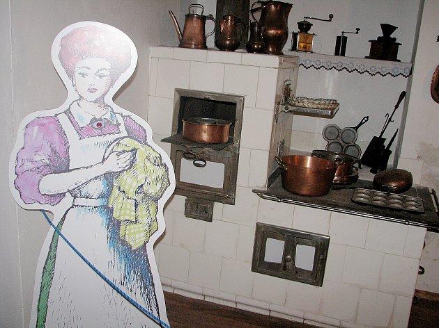 O vaření v kachlových kamnech se můžete dozvědět například v expozici Regionálního muzea v Kolíně.
