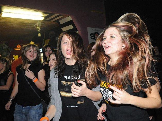 U Vodvárků hrály tentokrát mladé kapely