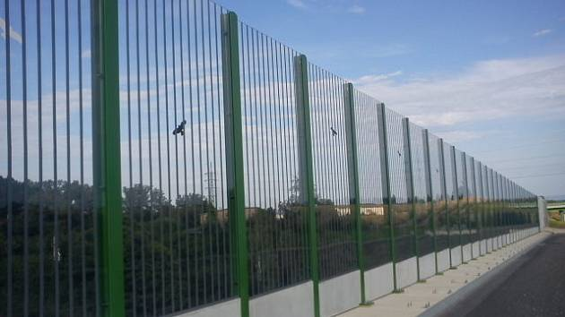 Nová úprava protihlukové stěny