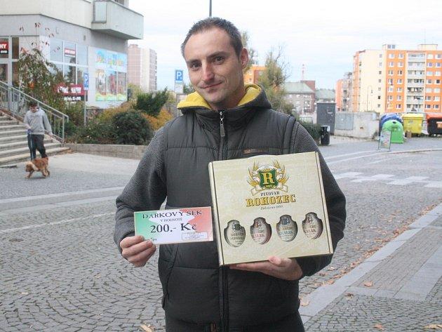 Petr Dočkal získal za své vítězství poukaz do pizzerie Týna v hodnotě 200,-Kč a karton piv značky Rohozec.