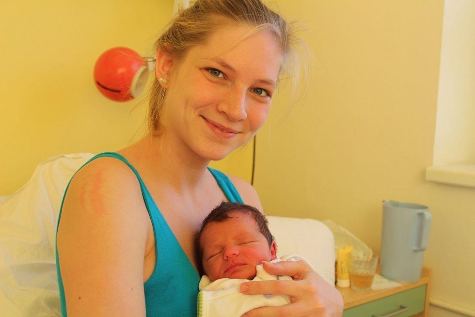 Emma Kunčáková přišla na svět 5. prosince 2017. Měřila 51 centimetrů a vážila 3200 gramů. Maminka Žaneta a tatínek Zoroslav si ji odvezli domů do Kutné Hory.