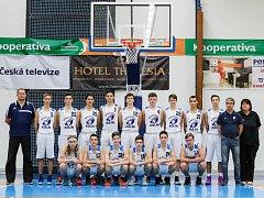 Basketbaloví junioři Kolína procházeli soutěží jako nůž máslem a díky tomu postoupili do kvalifikace do extraligy.