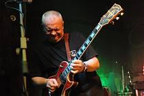 U Vodvárků tentokrát hrály legendy tuzemského rocku v jedné kapele