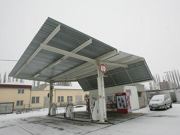 Různé čerpaní stanice na Kolínsku