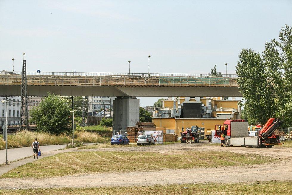 Opravy Nového mostu přes Labe v Kolíně.