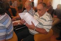 Zasedání zastupitelstva v Pečkách