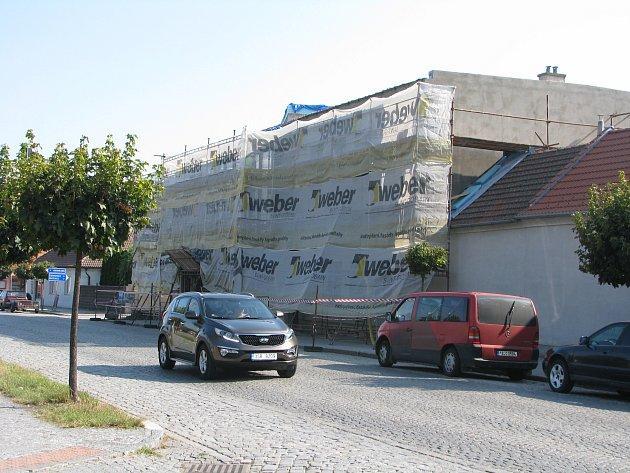 Rekonstrukce budovy Kulturního střediska v Pečkách