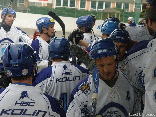 Kolínští hokejbalisté vyhráli sérii 3:0.