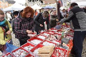 Kolínské náměstí zaplnil tradiční jarmark