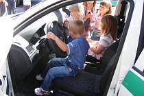 Policii navštívily děti z MŠ v Masarykově ulici.