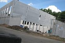 Výstavba sportovní haly v kolínských Borkách