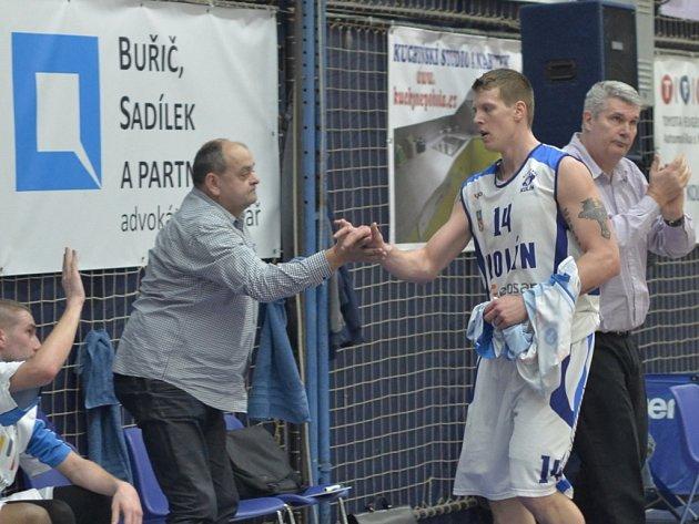 Predrag Benáček (vpravo) s Kolínem loni do play off nepostoupil. Podaří se mu to v letošní?
