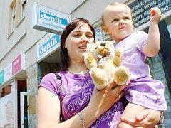 Maminka Monika se svojí krásnou dcerou Lucinkou Tancmanovou. Narodila se jí 18. ledna 2011.