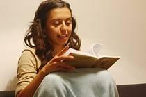 Čtení knihy Prorok v kavárně Malé kafe