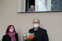 Z oslavy narozenin Zdenky Kašparové, nejstarší obyvatelky Úval a Středočeského kraje.