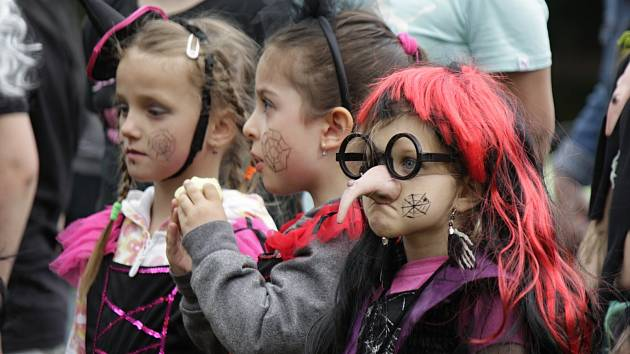 Čarodějnický rej se konal v mateřské školce.