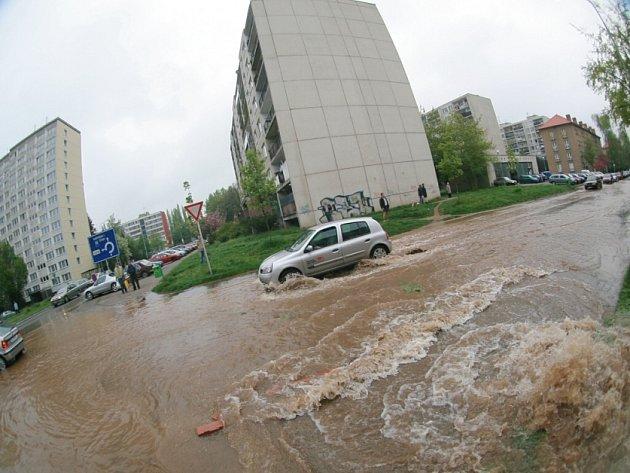 Havárie vodovodního potrubí v Kolíně