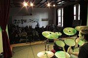 Závěrečný koncert  se konal v sále umělecké školy.