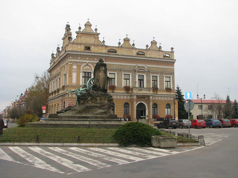 Hlavní budova radnice v Českém Brodě