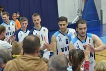Z utkání BC Kolín - Jindřichův Hradec (92:85).