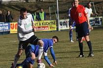 Z utkání FK Kolín - Karviná (0:0).