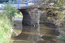 Historický most v Klášterní Skalici