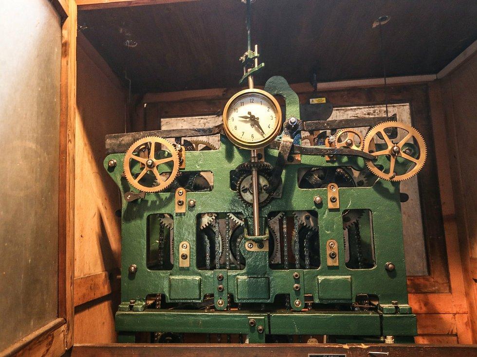 Radnice v Kolíně: mechanismus hodin.
