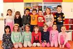 Mateřská škola Kmochova v Kolíně: starší děti se učí zvídavosti.
