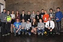 V restauraci Steak Land byla předána ocenění nejlepším mládežnickým atletům Sokola Kolín.
