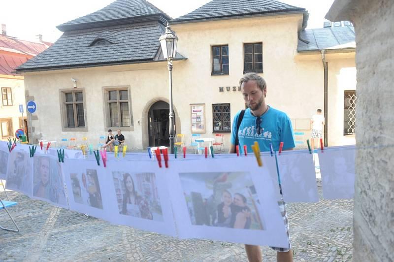 Kolíňáci se na Otevřené ulici u Bartoloměje sešli již podruhé