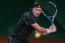 Tenista Adam Javůrek.