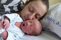Jindřich Štěpán se narodil 8. října 2021 v kolínské porodnici, vážil 2590 g a měřil 47 cm. V Kolíně bude vyrůstat s maminkou Alenou a tatínkem Jakubem.