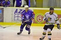 Jen co se David Šafránek (vlevo) stal kapitánem, jeho výkony i týmu šly nahoru.